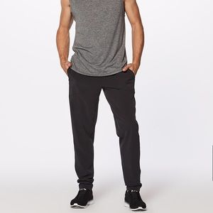 Lululemon Athletica Tapered Convection Pant Jogger